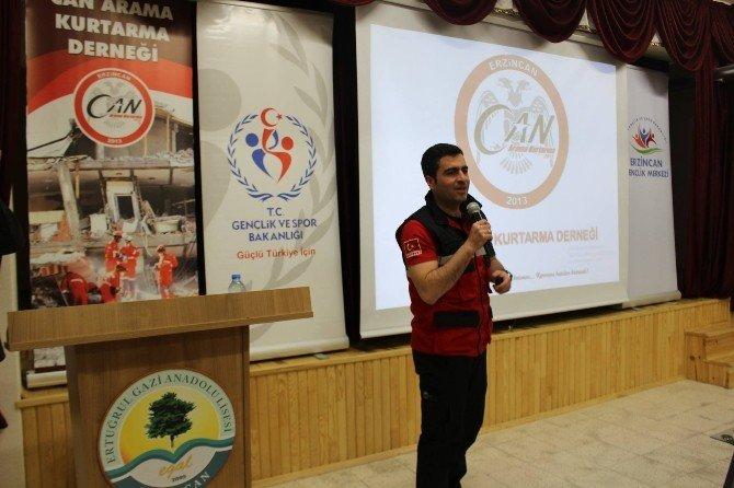 Erzincan'da Binlerce Genç Afete Karşı Bilinçlendiriliyor