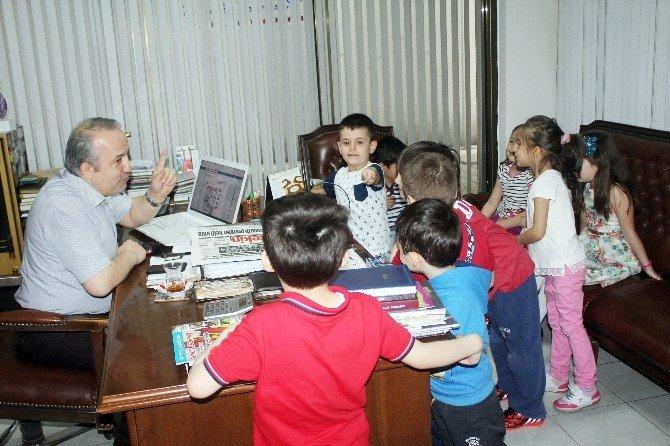 Minik Öğrenciler Gazete Yapmayı Öğrendi