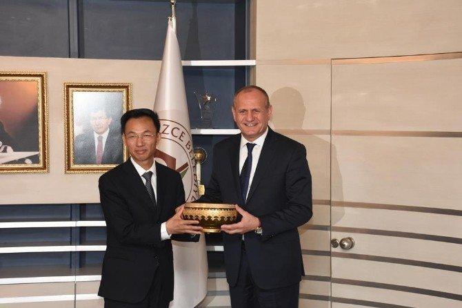 Çin Heyeti, Başkan Keleş'i Ziyaret Etti