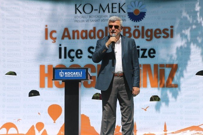 Derince Ko-mek İç Anadolu Sergisi Açıldı