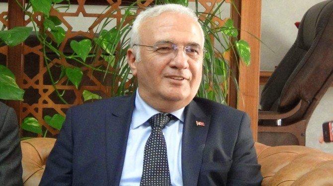 """Ekonomi Bakanı Elitaş: """"Kapadokya'da Kış Turizmini Ortaya Çıkartmamız Lazım"""""""