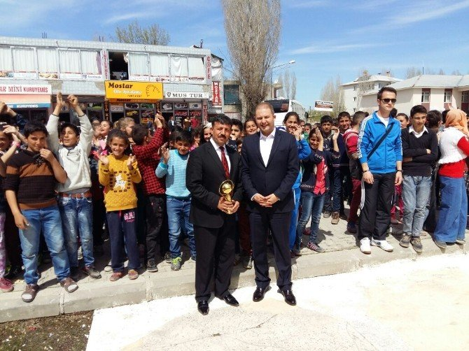Hasköy'de 'Çevre Temizliği Bilinci Oluşturma' Etkinliği