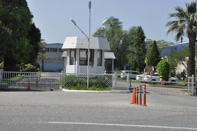 İzmir'de Facianın Eşiğinden Dönüldü: İkisi Ağır 8 İşçi Yaralı