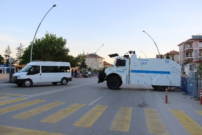 Karaman'da 'Cinsel İstismar' Davası İçin Adliye Çevresinde Yoğun Güvenlik Önlemi