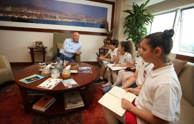 Minik Gazeteciler Başkan Altınok Öz İle Röportaj Yaptı