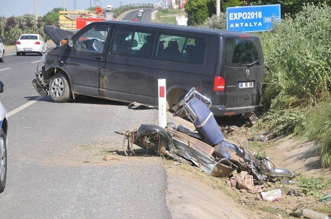 Turgutlu'da Kaza: 1 Ölü, 1 Yaralı