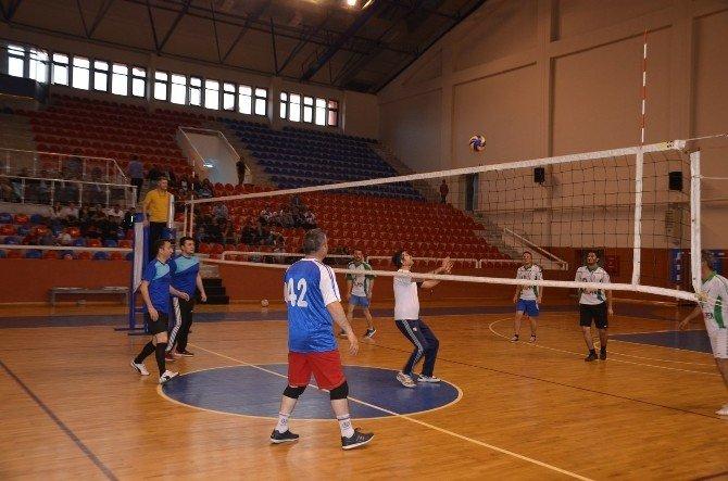 Kaymakamlık Voleybol Turnuvası Başladı