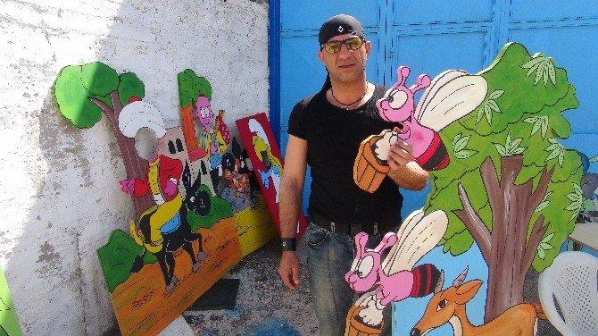 Keloğlan Ve Nasreddin Hoca Parklarda Çocuklarla Buluşuyor
