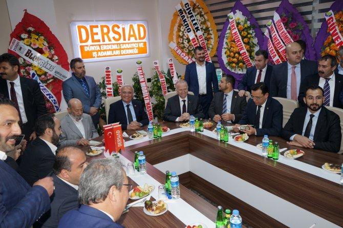 Bakan Elitaş: Türkiye ekonomisi büyüme hedefine ulaşacak