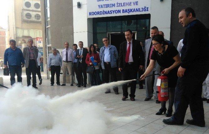Yatırım İzleme Personeline Yangın Eğitimi