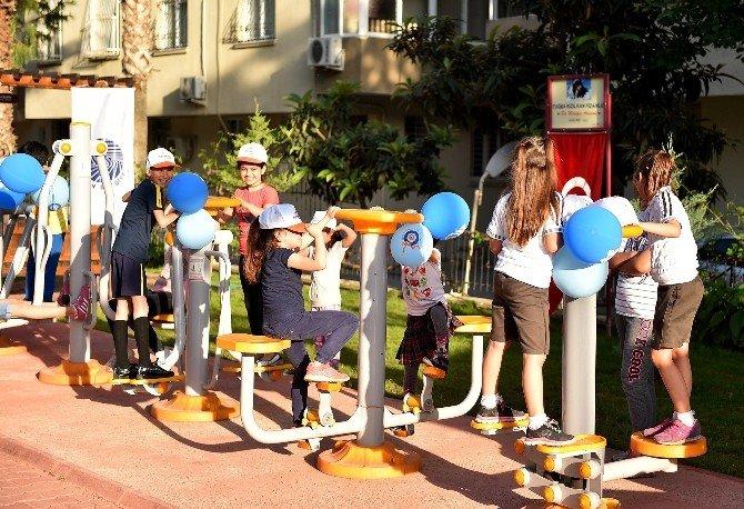 Ziyapaşa Mahallesi'ne Dinlenme Ve Çocuk Parkı