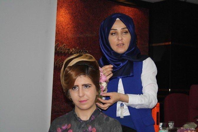 Kadın Kuaförlerine Topuz Eğitimi Verildi