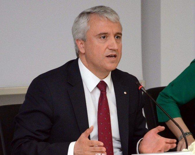 Anadolu Üniversitesi Eskişehir'de Sivil Havacılığa Yön Veriyor