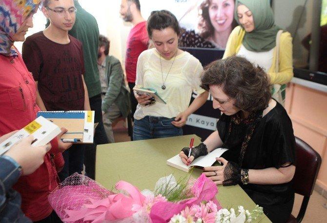 Yazar Nihan Kaya, Öğrencilerle Buluştu