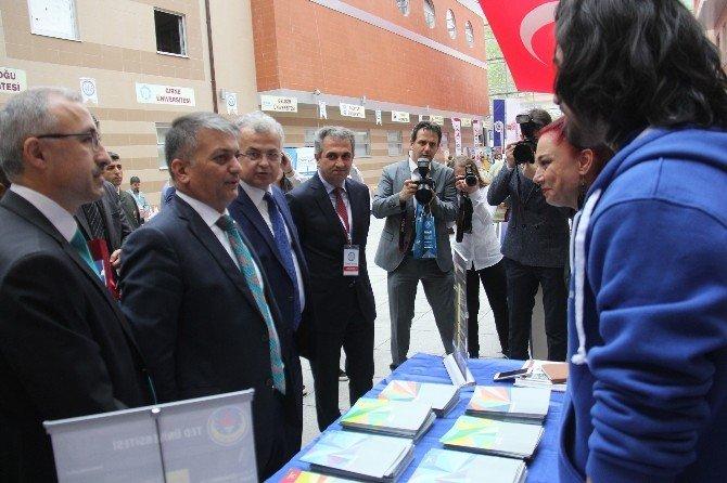 5. Rize Üniversite Tanıtım Fuarı Açıldı