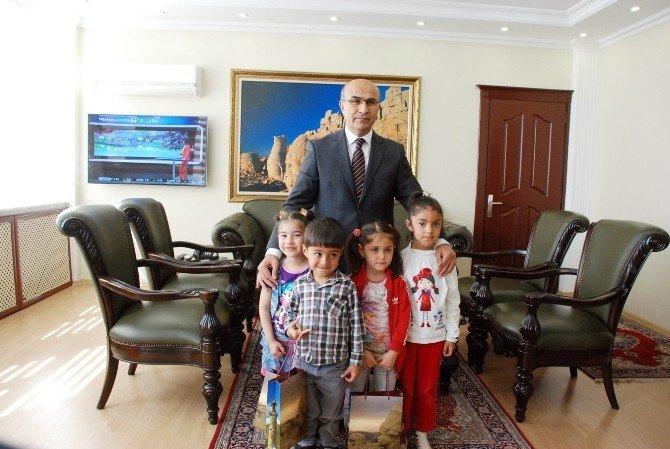Malazgirt Anaokulu'ndan Vali Demirtaş'a Ziyaret