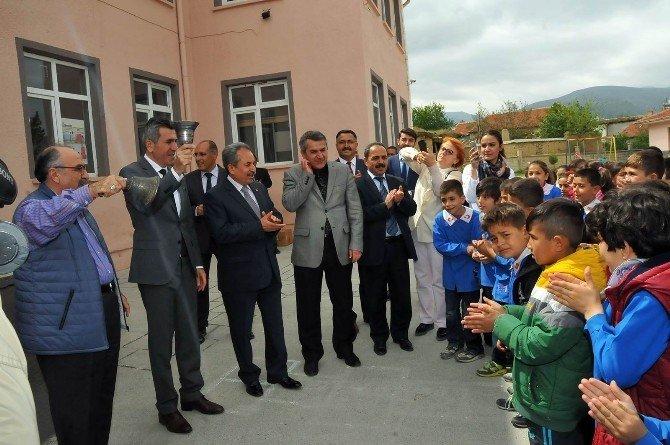 Akşehir 1 Milyon Kitap Projesi Ödüllü Sınavının 1. Aşaması Yapıldı