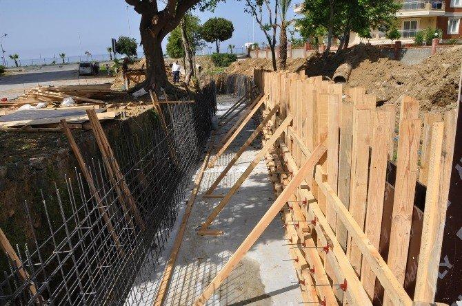 Alanya Mahmutlar'da 'Dere Park' Islah Ediliyor