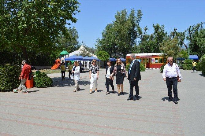Sabri Ülker Vakfı, Başak Koleji'nin Yemek Projesini İnceledi