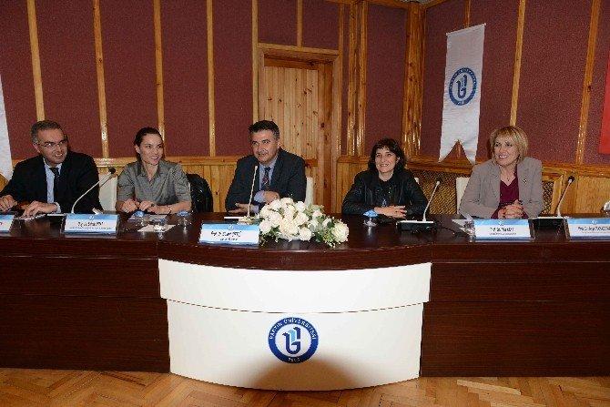 BÜ'den 'Sağlıklı Uyku, Sağlıklı Yaşam' Paneli