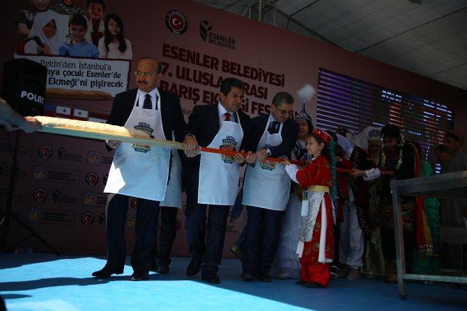 Yalçın Akdoğan: 23 Nisan'ı günlerdir kutluyoruz