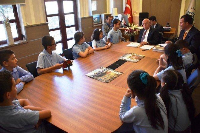 Çevreci Öğrenciler Başkan Eşkinat İle Buluştu