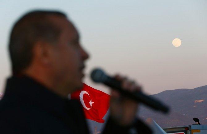 Erdoğan ve Davutoğlu, Osman Gazi Köprüsü'nden ilk geçişi yaptı