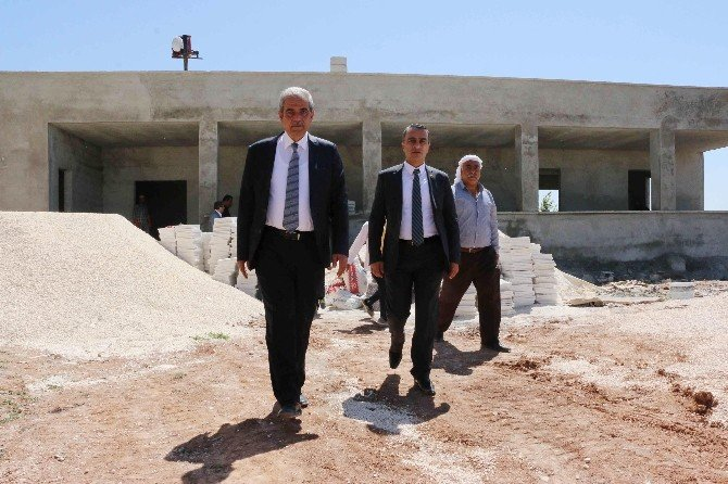 Haliliye Belediye Başkanı Fevzi Demirkol, Çok Amaçlı Kültür Evinin İnşaatını İnceledi