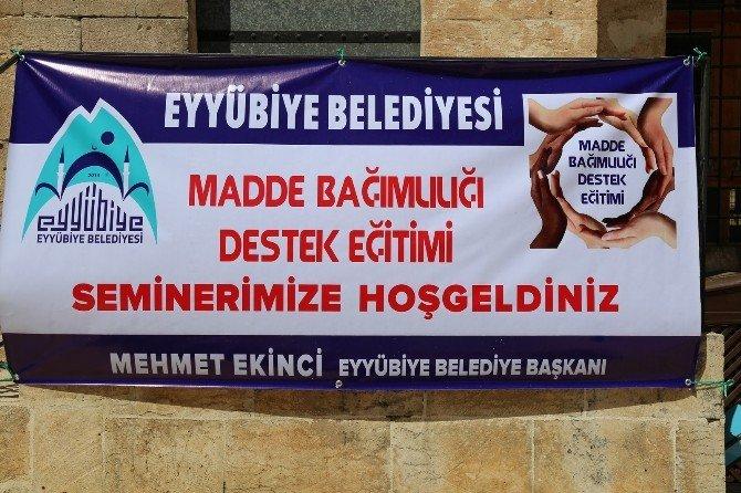 Eyyübiye Belediyesinden Madde Bağımlılığı Semineri