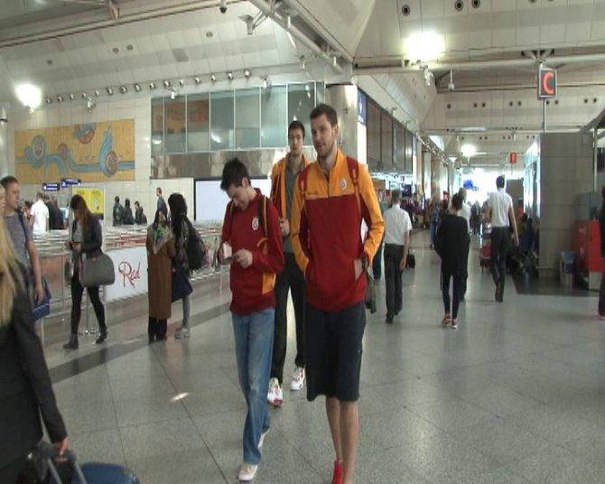 Galatasaray şampiyonluk için Strasbourg'a gitti