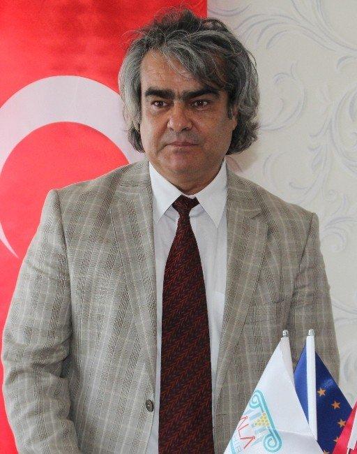 Türkiye'nin En Sıcak Suyunun Bulunduğu Alaşehir'de Jeotermal Toplantısı