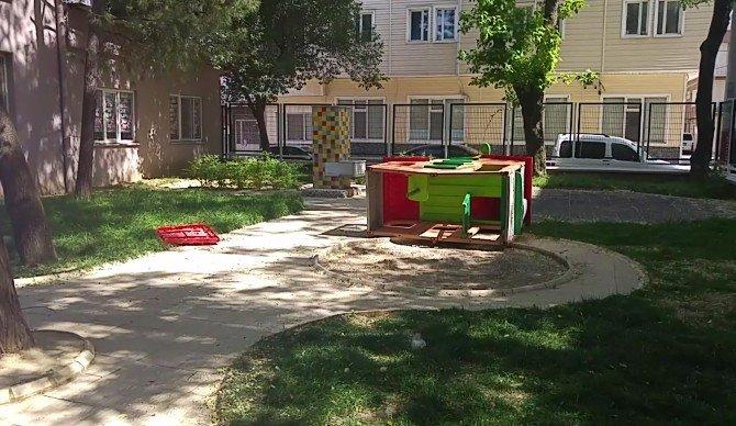 Bursa'da Ana Okulunda Çıplak Bakıcı Paniği