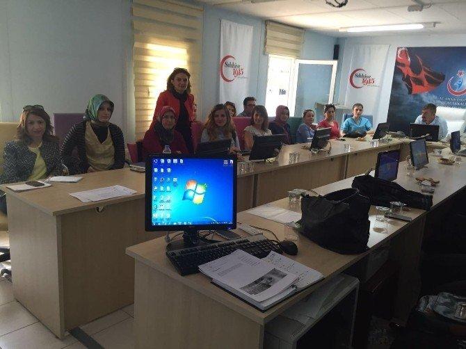 Khb'den Hasta Hakları Ve İletişim Eğitimi
