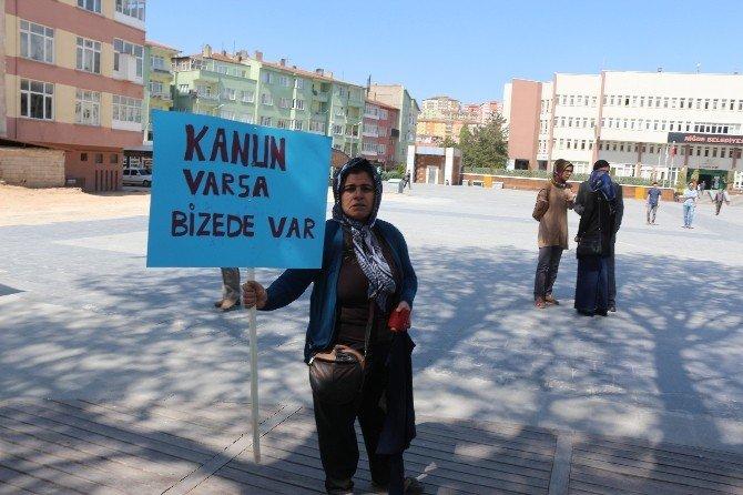 Maaşlarını Alamayan Tekstil İşçileri Eylem Yaptı