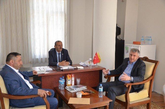 Başkan Sarıalioğlu'ndan Of Muhtarlar Derneği'ne Ziyaret