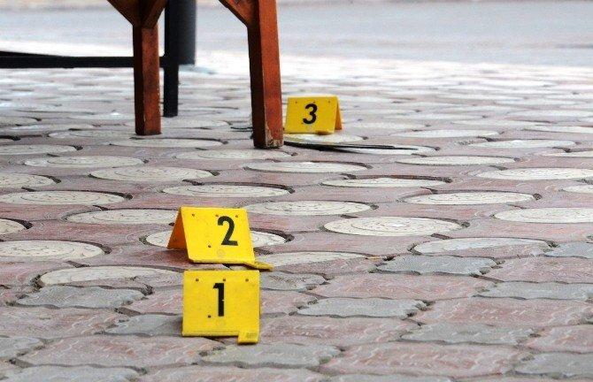 Malatya'da İş Yerine Palalı Ve Bıçaklı Saldırı Girişimi