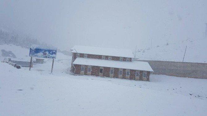 Ordu'dan Nisan'da Kar Manzaraları
