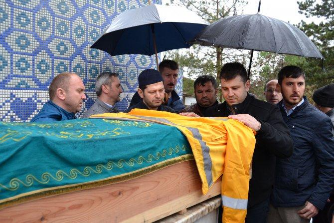 112 acil servis çalışanı Aslan Yılmaz toprağa verildi