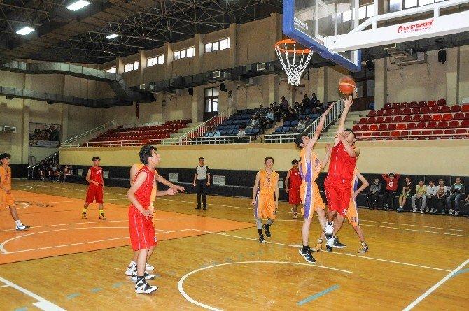 Şehitkamil'den Basketbola Tam Destek