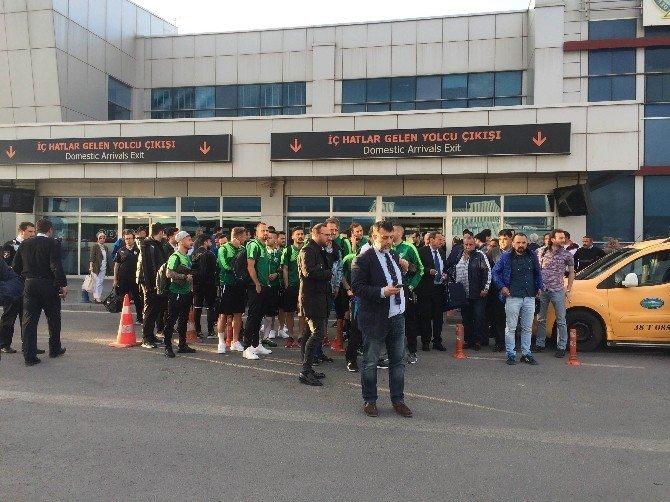 Bursaspor'a Kayseri'de Otobüs Şoku