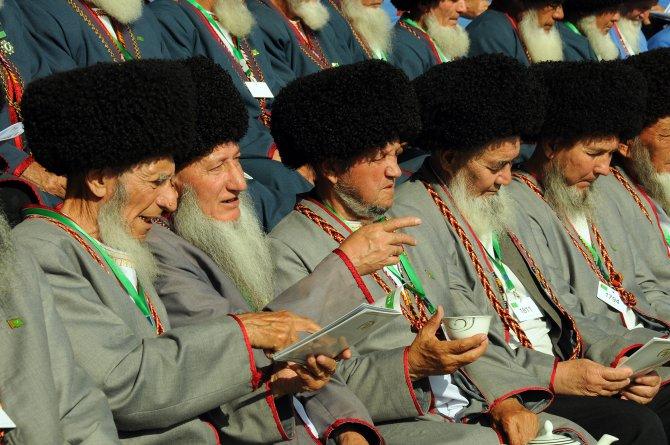 Türkmenistan'da At Bayramı çoşkusu