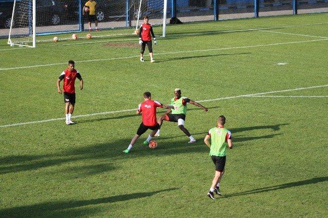 Eskişehirspor Mersin Maçına Hız Kesmeden Hazırlanıyor