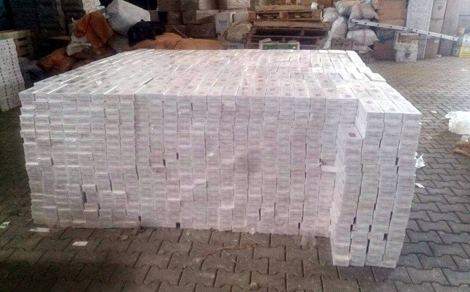 Yüksekova'da 496 Bin 230 Paket Sigara Ele Geçirildi