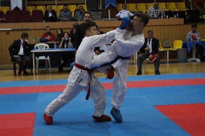 Rumi Çocuk Spor Oyunlarında 2. Gün Yarışları Yapıldı