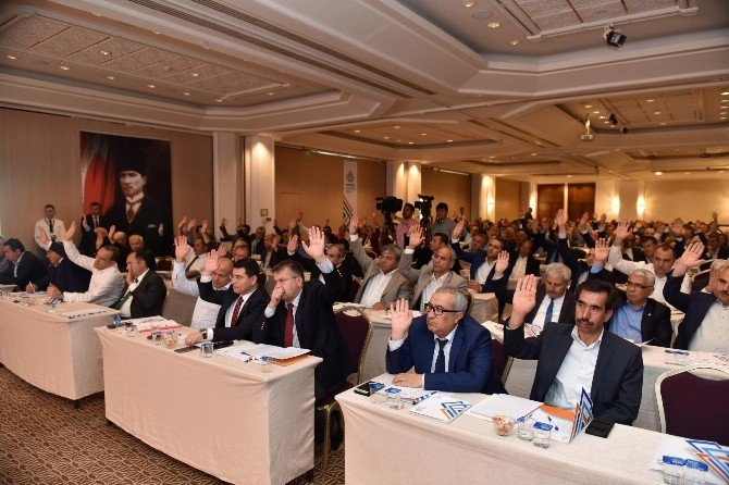 Akdenizli Belediyeler Birliği Başkanlığı'na Tütüncü İkinci Kez Seçildi