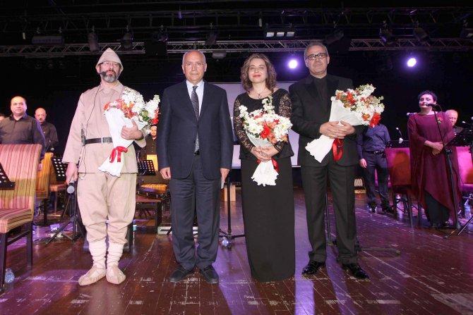 'Gelibolu Al Gelincik' Yenimahalle'de sahnelendi
