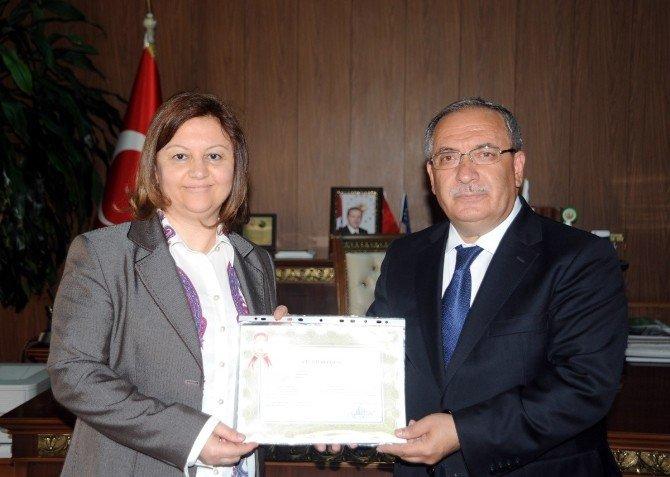 Bilecik Tapu Müdürlüğü Personeline Başarı Belgesi Verildi