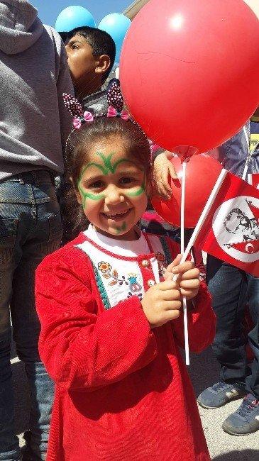 Savaş Mağduru Çocuklara 'Şefkatin Eli' Etkinliği