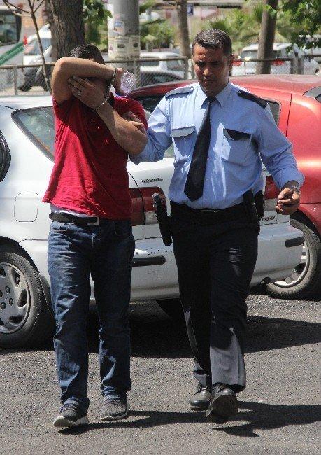 Kapkaççılar Çantayı Yaktı Parayı Paylaştı