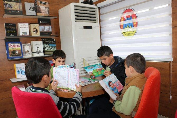 Çankırılı çocuklar kütüphane trenle dünyayı dolaşıyor